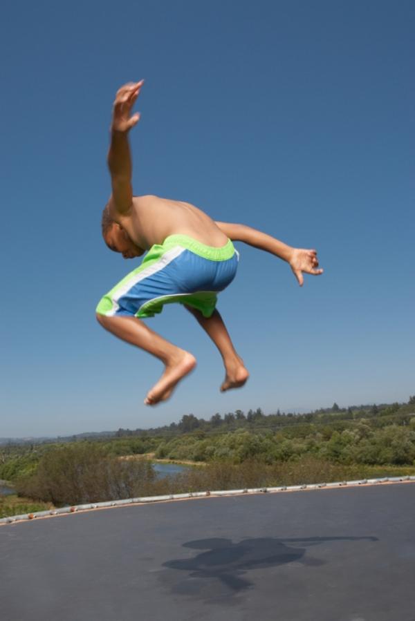 Blend Images   trampolinspring til artikel